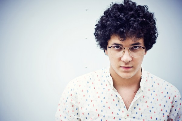 Phill Veras lança novo EP as vésperas de tocar no Rock in Rio
